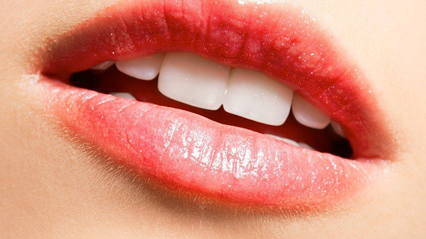 Combating-the-Problem-of-Dry-Lips Combating the Problem of Dry Lips