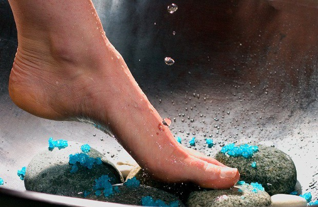 foot-detoxification Natural Home Remedies for Feet for Utmost Care