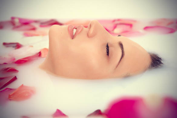 Beauty-benefits-of-rose-water Beauty Benefits of Rose Water